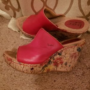 Red BOC leather wedge sandals sz8